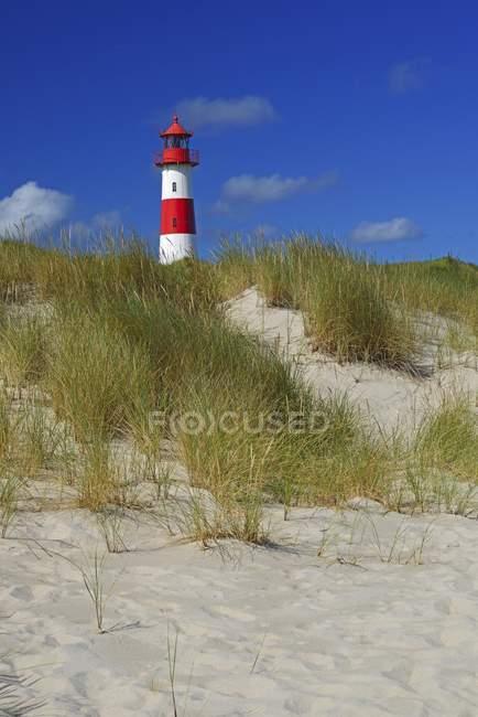 List West Lighthouse behind grassy sand dune, List, Sylt, North Frisian Islands, North Frisia, Schleswig-Holstein, Germany, Europe — Stock Photo