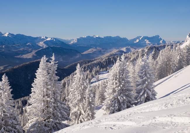 Paisagem do inverno de Brauneck, Zugspitze, Lenggries, Isarwinkel, Bavaria superior, Baviera, Alemanha, Europa — Fotografia de Stock