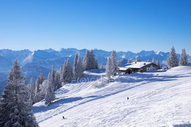 Refuge de montagne tolzer hutte à la station de ski Brauneck, Lenggries, Isarwinkel, Haute-Bavière, Bavière, Allemagne, Europe — Photo de stock