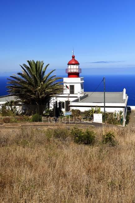 Lighthouse of Ponta do Pargo in most western point of Madeira, Portugal, Europe — Fotografia de Stock