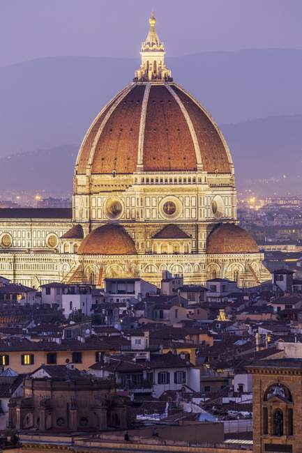 Florence Cathedral in historic center at dusk, Florence, Tuscany, Italy, Europe — Stock Photo