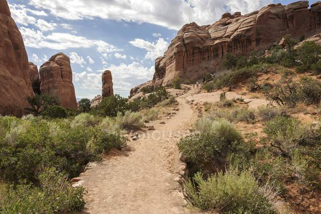 Rock formations at Devils Garden Trailhead, Arches National Park, Utah, USA, North America — Stock Photo