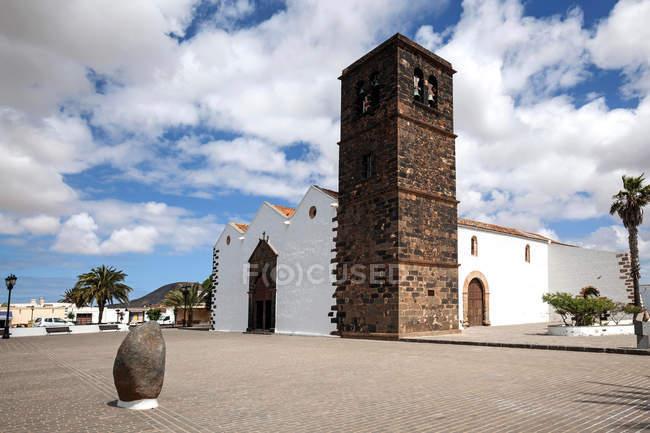 Будинок церкви Богоматері Кандекарії в Ла-Олива, Фуертевентура, Канарські острови, Іспанія, Європа — стокове фото