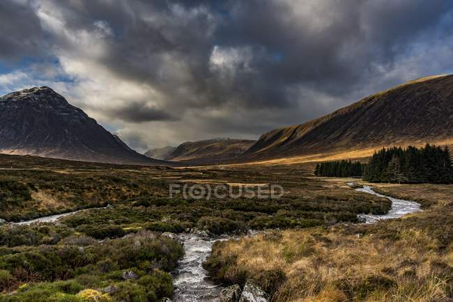 River Etive with summit of Stob Dearg in Glen Coe, Rannoch Moor, west Highlands, Scotland, Great Britain — Stock Photo