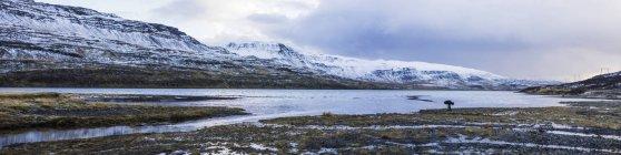 Сніг крита гори — стокове фото
