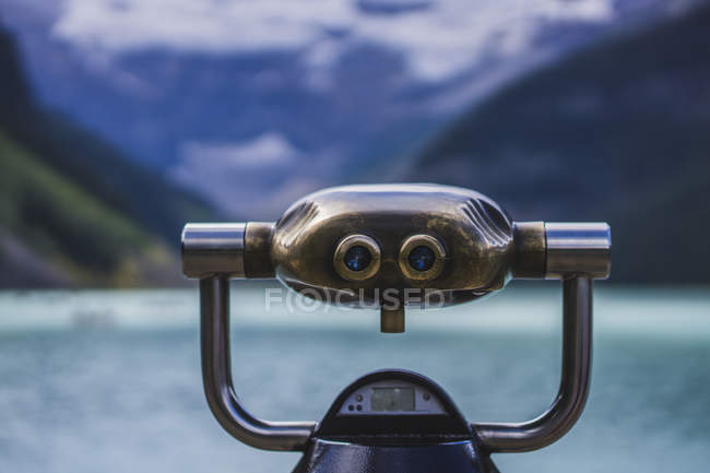Beobachtung-Fernglas in Lake Louise — Stockfoto