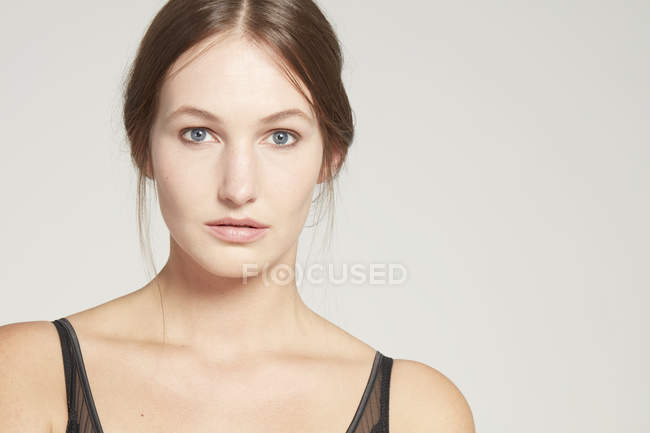 Female model looking at camera — Stock Photo