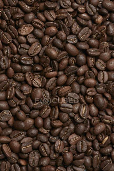 Кава в зернах повного кадру — стокове фото