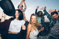 Group of friends dancing — Stock Photo