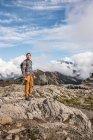 Мандрівного на горі Бейкер — стокове фото