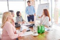 Business man leader incontro d'affari — Foto stock