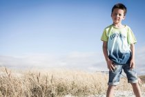 Boy am Strand, Kapstadt — Stockfoto