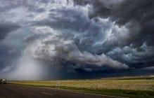 Temporale tornado sulla zona rurale — Foto stock