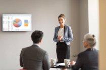 Geschäftsfrau dabei Office Präsentation — Stockfoto