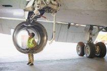 Літак працівник контрольне літак — стокове фото