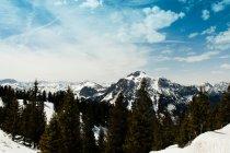 Paysage avec vue sur Alpes allemandes — Photo de stock