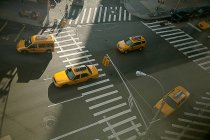 Taxi cars on street — Stock Photo