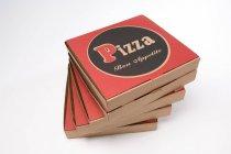 Empilement de boîtes à pizza — Photo de stock