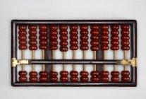 Ábaco marrón tradicional de madera - foto de stock