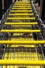 Blick auf gelb Einkaufswagen in hoher Auflösung — Stockfoto