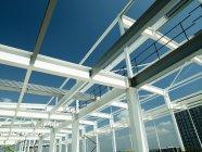 Building construction frame under blue sky — Stock Photo