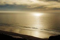 Закат над океаном в Сан-Диего — стоковое фото
