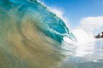 Rouler les vagues de l'océan — Photo de stock