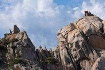 Formaciones rocosas en la costa - foto de stock