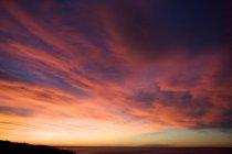 Nuages colorés dans le ciel — Photo de stock
