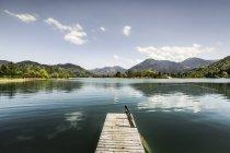 Vide jetée sur le lac Tegernsee, Bavière, Allemagne — Photo de stock