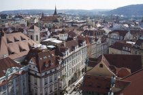 Ángulo alto del casco antiguo, Praga, República Checa - foto de stock