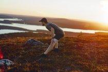 Турист на природе, Лапландия, Финляндия — стоковое фото