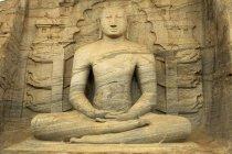 Stone carved seated buddha, Sri Lanka, Asia — Stock Photo