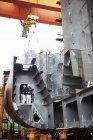 Workers at shipyard, GoSeong-gun, South Korea — Stock Photo