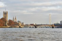 View of Lambeth Bridge and Houses of Parliament on the Thames, London, UK — Stock Photo