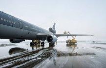 Royal Dutch Airforce Mcdonnell Douglas Kdc-10 aerea rifornimento e trasporto aereo. De-icing — Foto stock