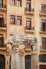 Столбцы древнего церковного руины — стоковое фото
