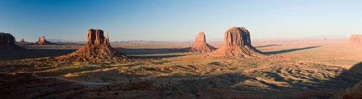 Вид на долину монументів — стокове фото