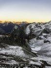 Snow covered mountain peaks, cascade mountain range, Diablo, Washington, USA — Stock Photo