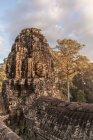 Volto di pietra, Tempio di Bayon, Angkor Thom, Cambogia — Foto stock