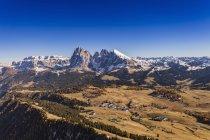Montagne paysage, Dolomites, Italie, prise d'hélicoptère — Photo de stock