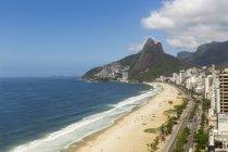 Подання із пляжем Іпанема, Ріо-де-Жанейро, Бразилія — стокове фото