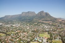 Table mountain and cityscape — Stock Photo