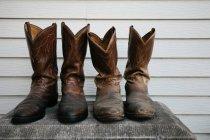 Abgenutzte Cowboy-Stiefel — Stockfoto