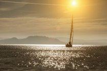 Iate de vela no Lago Maggiore — Fotografia de Stock