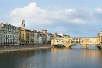 Ponte Vecchio and River Arno — Stock Photo