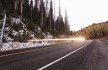 Flash de lumière le long de la route 31 aka les Pardérogationauparagraphe boucle énergie scénique, Fairview, Utah — Photo de stock