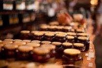 Barattoli di conserve e salsa — Foto stock