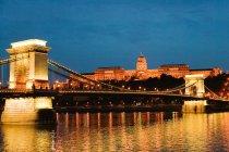 Buda castle and szechenyi chain bridge — Stock Photo