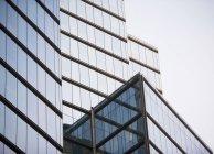 Современные офисные здания, Нью-Йорк, Соединенные Штаты Америки — стоковое фото